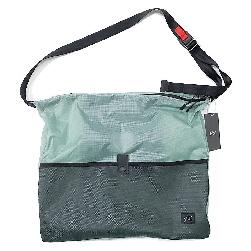 F/CE.(エフシーイー) RECYCLE PACKABLE ONE SHOULDER  ブラック